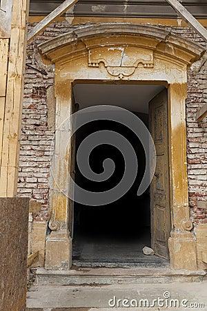 Free Stone Doorway Royalty Free Stock Photos - 33377818