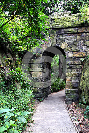 Free Stone Gate Royalty Free Stock Images - 33652989