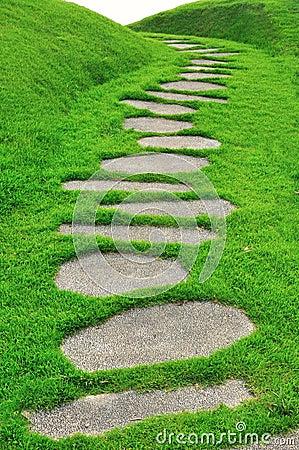 Free Stone Path On Green Grass Royalty Free Stock Photo - 27422745