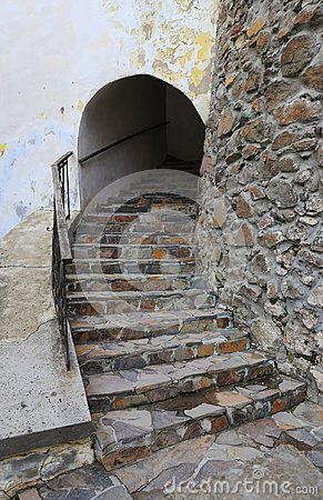 Free Stone Steps In Ancient Castle Royalty Free Stock Photo - 109830145