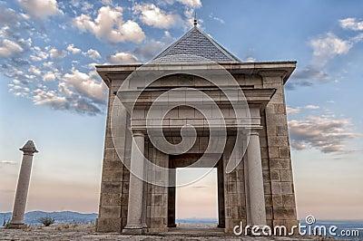 Stone temple - Horizontal