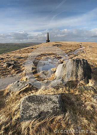Free Stoodley Pike Monument, Pennine Way Royalty Free Stock Image - 38559176