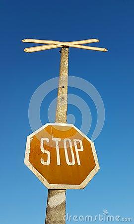 Free Stop Sign Against Blue Sky Stock Photography - 103694112