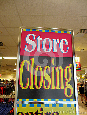 Store Closing sign inside Downtown Honolulu Macy