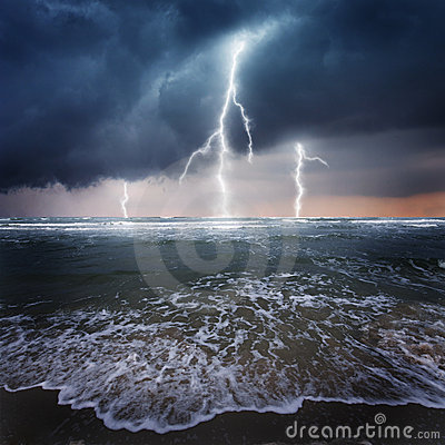 Storm On The Ocean Royalty Free Stock Images - Image: 18779019