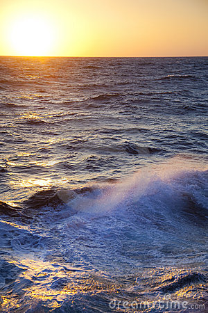 Stormy sea / Dawn / Waves and spray
