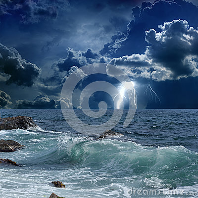 Free Stormy Sea, Lightnings Royalty Free Stock Images - 30322549