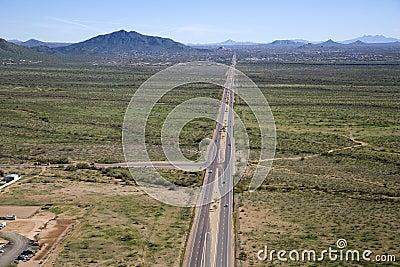 Strada principale spensierata