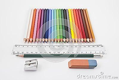 Straight alignment of basic school supplies