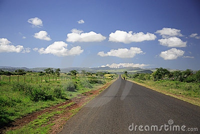 Straight Road to Mount Kenya
