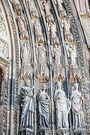 Strasbourg - la cathédrale gothique, sculptures