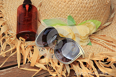 Straw Hat, Sun Glasses