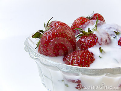 Strawberries in yogurt