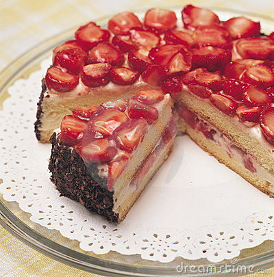 Free Strawberry Cake Stock Photos - 1684823