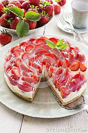 Free Strawberry Cake Royalty Free Stock Image - 38905756