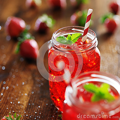 Free Strawberry Cocktail Royalty Free Stock Photo - 42184145