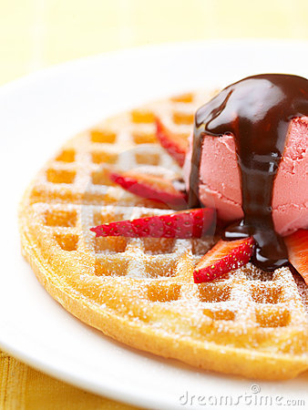 Strawberry Ice Cream Wafer