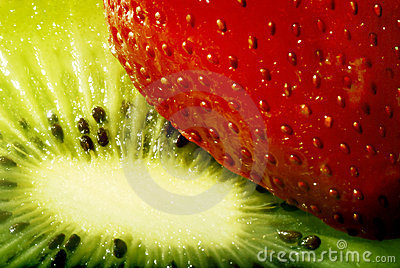 Strawberry and kiwi macro