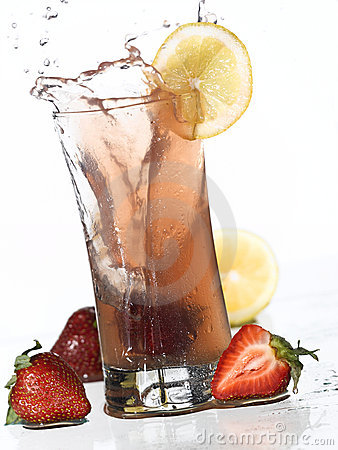 Strawberry Lemonade Splash