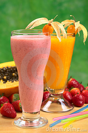 Strawberry Milkshake and Papaya Juice