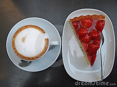 Strawberry pie and Cappuccino