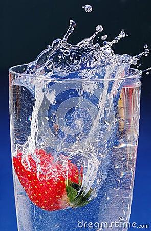 Free Strawberry Splash Royalty Free Stock Photo - 522995