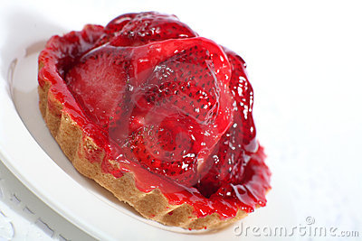 Strawberry tart slanted