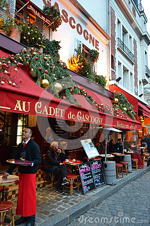 Free Street Cafe In Paris Royalty Free Stock Images - 28923269