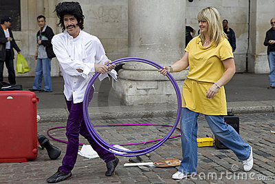Street entertainer in Covent Garden Market area o Editorial Stock Image