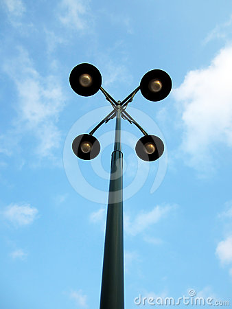 Street lamp with four hands