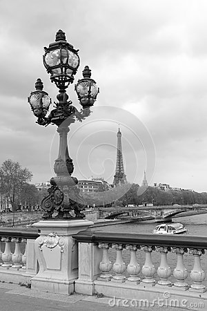 Free Street Lantern On The Alexandre III Bridge With Eiffel Tower In Paris, France, Monochrome Royalty Free Stock Photography - 30902317