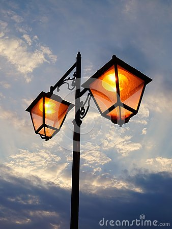 Free Street Lights At Dusk Royalty Free Stock Photography - 73921497