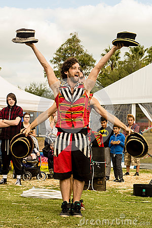 Free Street Performer At Easter Show Stock Photo - 99214770
