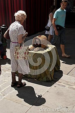 Street performer in London Editorial Image
