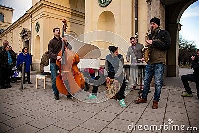 Street performers in Munchen