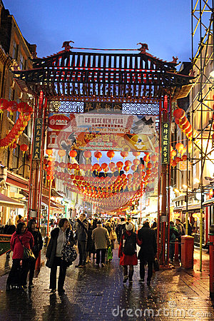 Free Street Scene Chinatown, London England At Night Royalty Free Stock Photos - 87152358