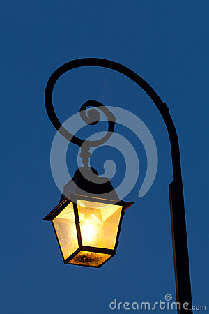 Streetlamp in Fontainebleau