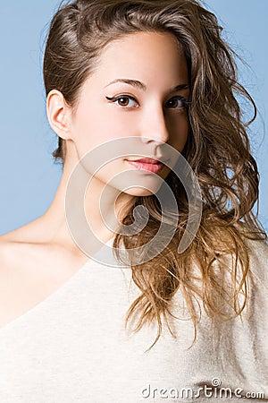 Striking brunette beauty.