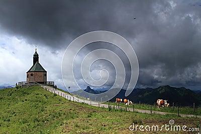 Strom de tonnerre dans les Alpes