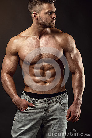 Free Strong Athletic Man Fitness Model Torso Showing Big Muscles Royalty Free Stock Images - 60353829