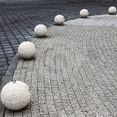 Free Structure Of Paving Stones On The Quay Of The Golden Sands, Bulg Stock Photography - 37759472