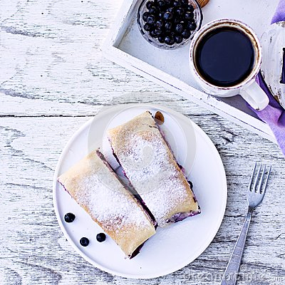 Free Strudel With Blueberries. Pie, Strudel With Berries. Stock Photo - 104466990
