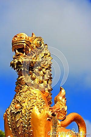 Stucco the lion