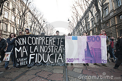Student demonstration in Milan December 14, 2010 Editorial Stock Image