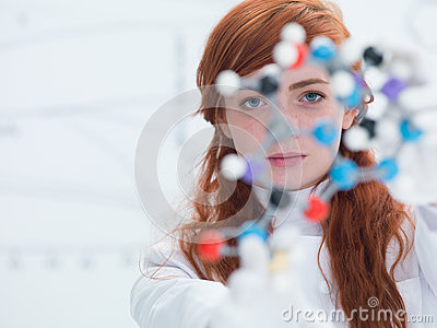 Student face analyzing molecule