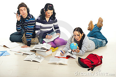 boys and girls should be educated separately essay Should boys and girls be in separate classes is a hot topic for debates and other discussions education is commonly available to both genders on all sides.