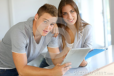 Students using tablet
