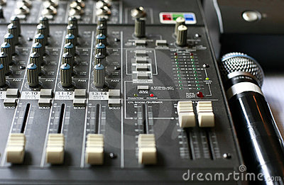 Studio audio mixer with microphone