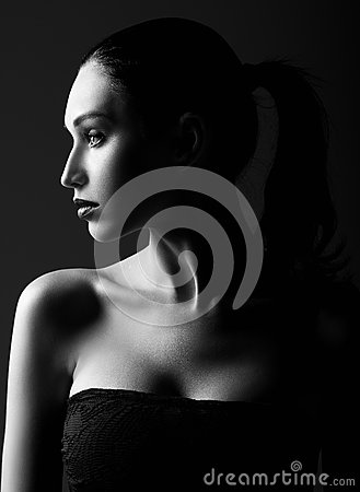 Free Studio Shot: Dramatic Portrait Of Beautiful Young Woman. Profile View. Black And White Royalty Free Stock Photography - 71060687