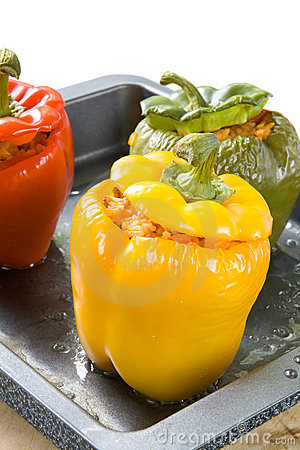 Free Stuffed Bell Peppers Royalty Free Stock Photos - 15590408